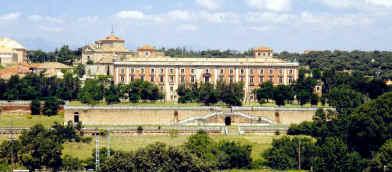 Convoca concentración en contra de la cesión del Palacio a la Sgae