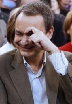 Zapatero insiste en forzar un pacto entre creadores y operadoras para regular las descargas